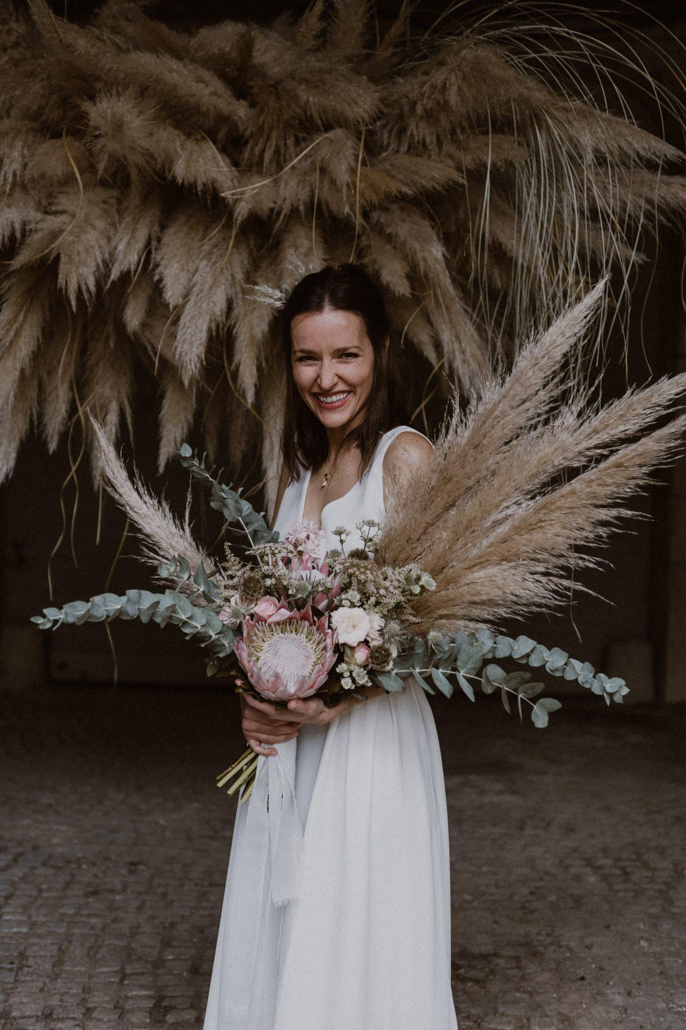 bouquet de mariée pampa protée